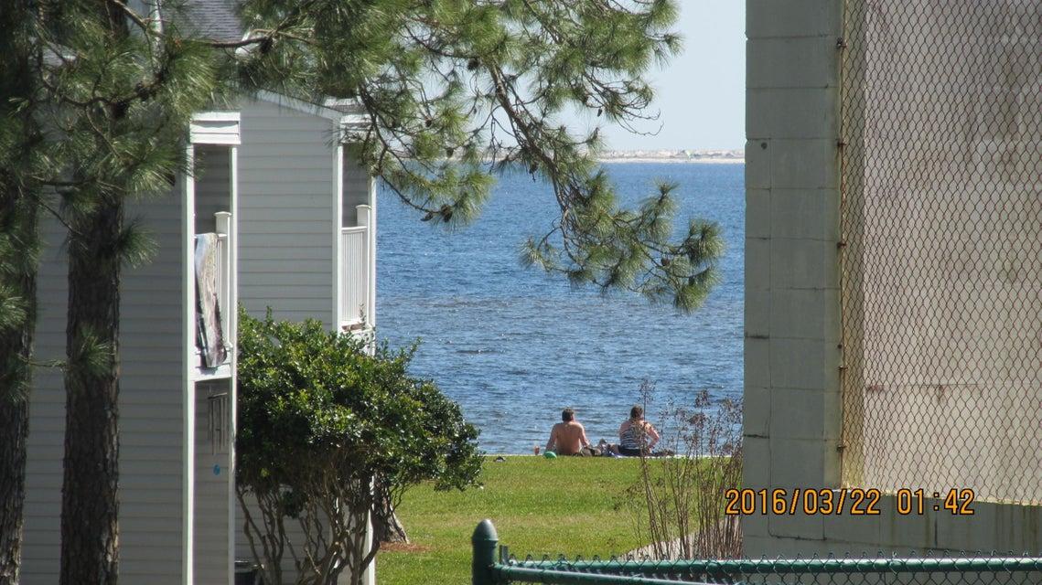 101 Old Ferry Road 2D, Shalimar, FL 32579