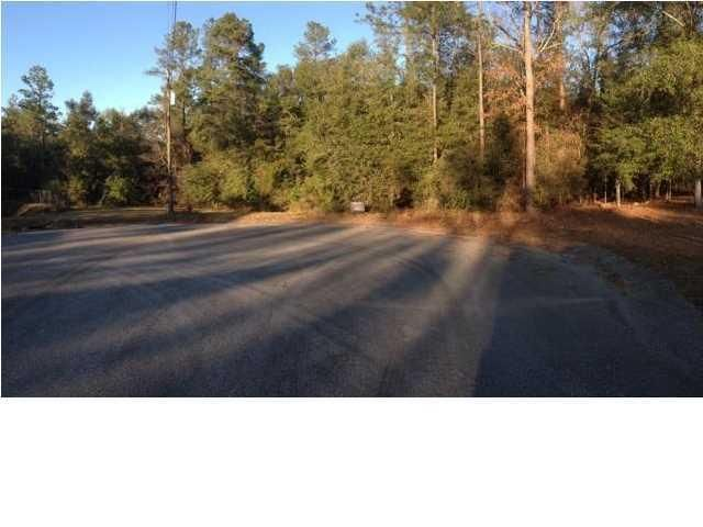 Photo of home for sale at 0 Navajo Trace, Crestview FL