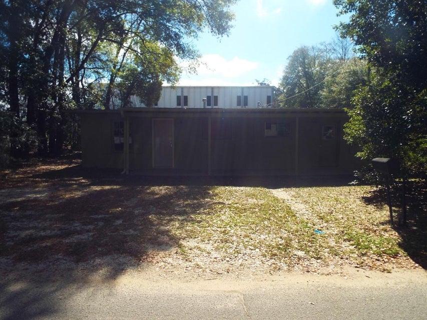315 W Oakdale Avenue, Crestview, FL 32536