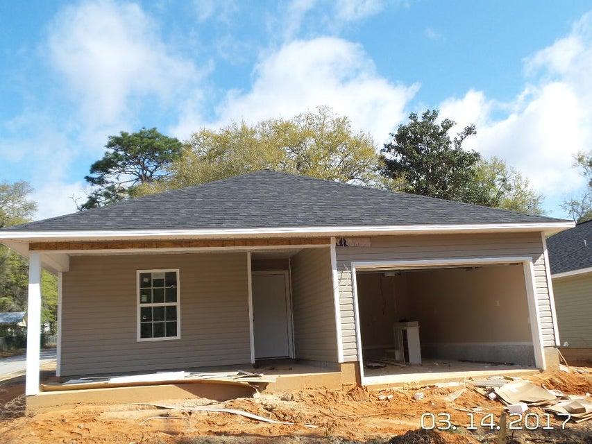 1831 Gainer Avenue, Milligan, FL 32537