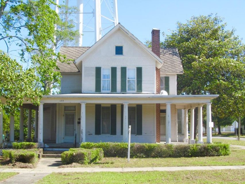 189 E Live Oak Avenue