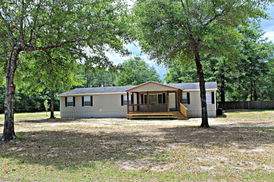619 Juniper Lake Road, Defuniak Springs, FL 32433