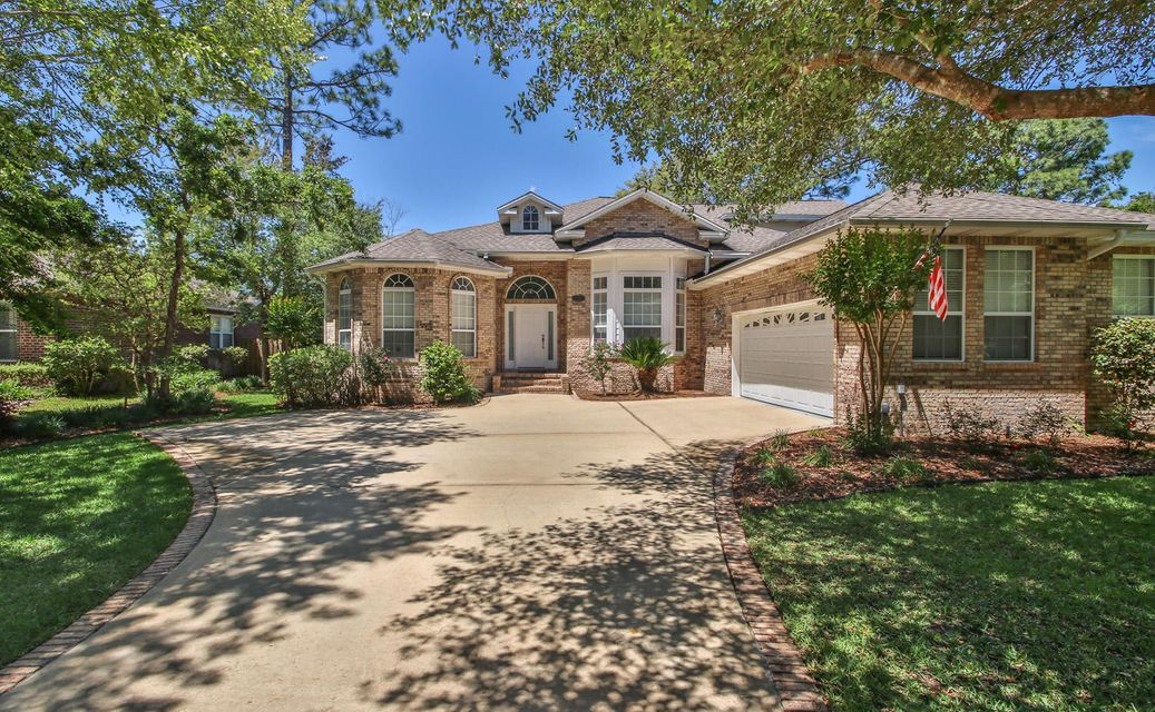 832 Coldwater Creek Circle, Niceville, FL 32578