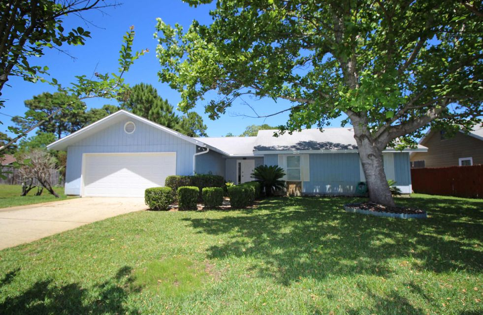 573 E Timberlake Drive, Mary Esther, FL 32569