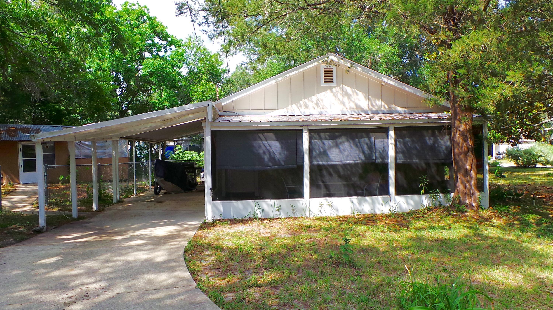 104 NW Hummingbird Avenue, Fort Walton Beach, FL 32548