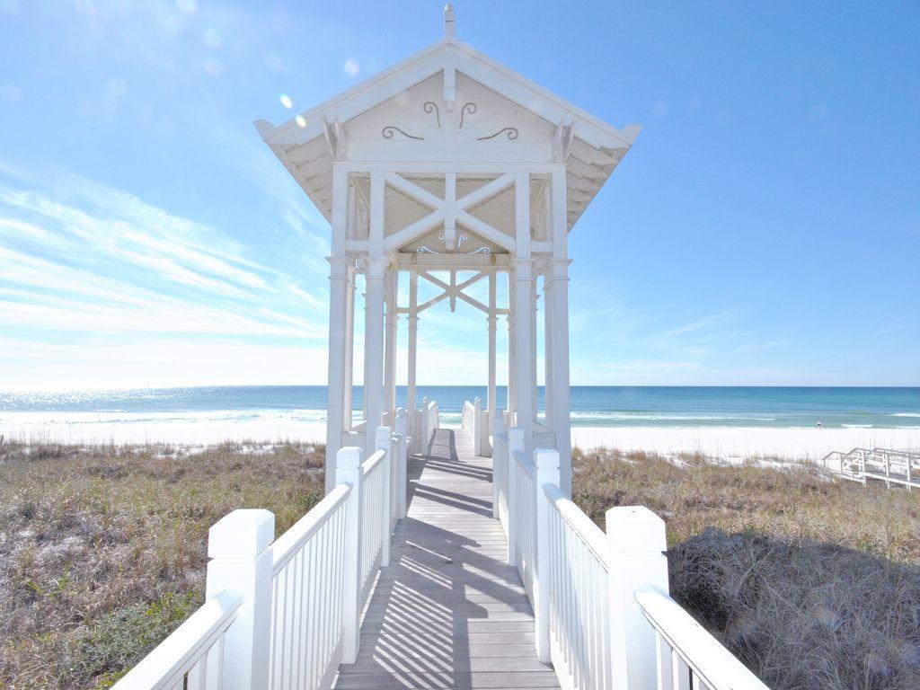 411 Lakefront Drive, Panama City Beach, FL 32413