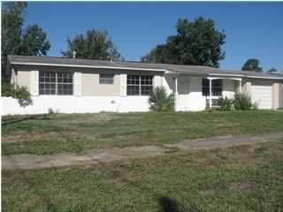221 Lee, Mary Esther, FL 32569