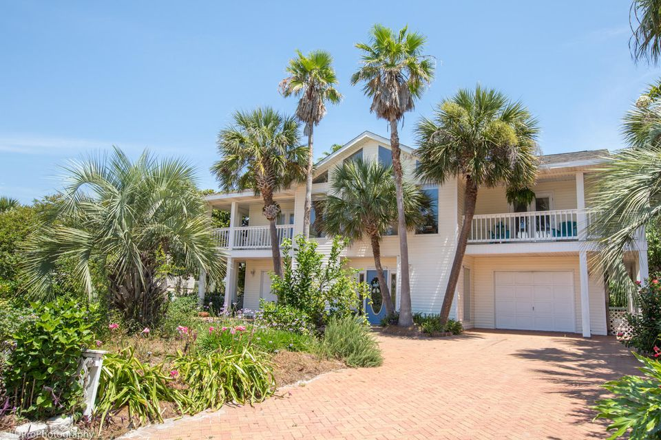 Photo of home for sale at 513 Vera Cruz, Destin FL