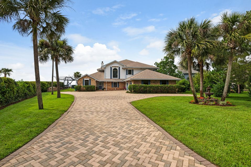 130 Dolphin Point Road, Niceville, FL 32578
