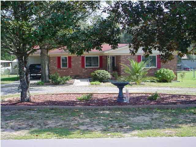 5379 Woodland Street, Crestview, FL 32539