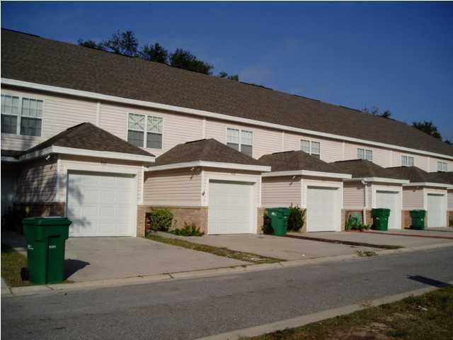 954 SCENIC OAK Lane, Fort Walton Beach, FL 32547