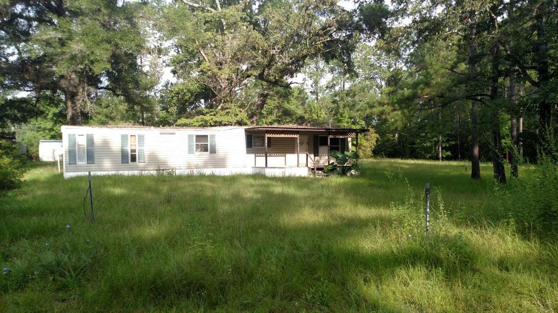 3900 Okchia Circle, Vernon, FL 32462