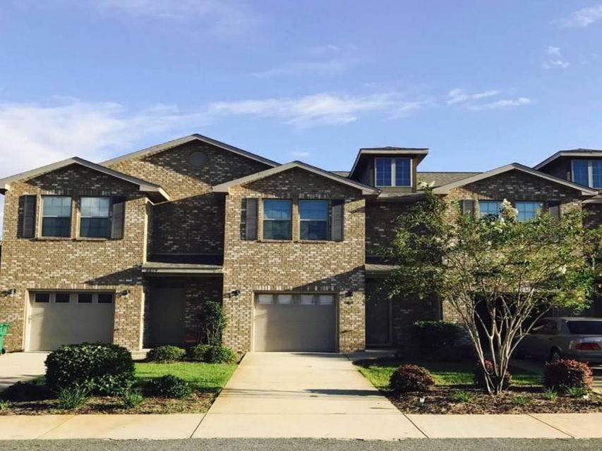 Photo of home for sale at 8887 White Ibis, Navarre FL