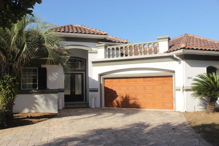 Photo of home for sale at 4559 Sailmaker, Destin FL