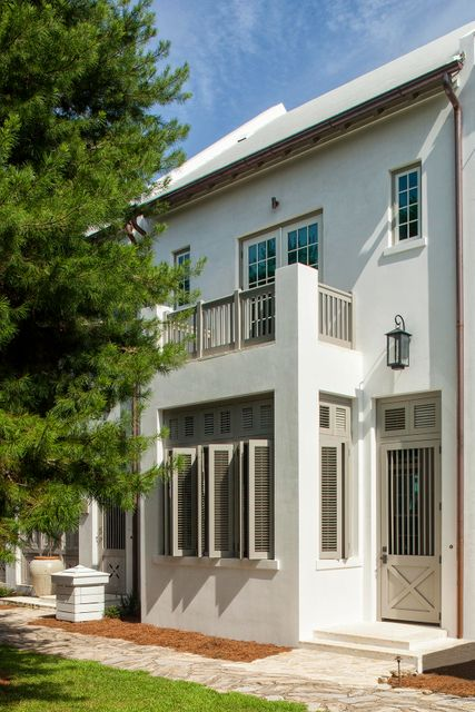 Photo of home for sale at 41 Sugar Loaf, Alys Beach FL