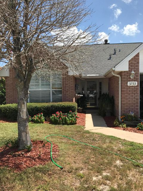 Photo of home for sale at 3753 Misty, Destin FL