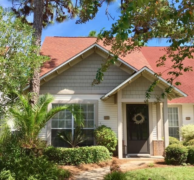 Photo of home for sale at 42 Via Largo, Santa Rosa Beach FL