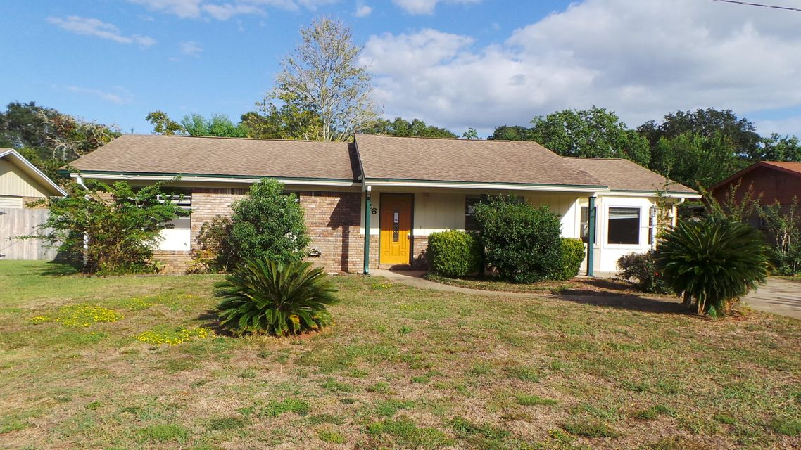 Photo of home for sale at 76 6th, Shalimar FL