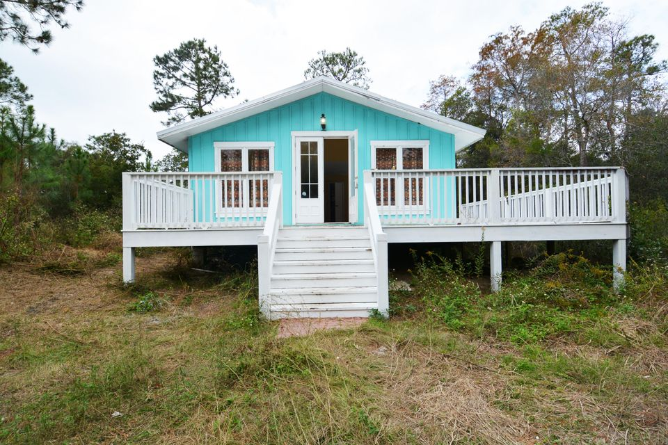 Photo of home for sale at 59 Chelsey, Santa Rosa Beach FL