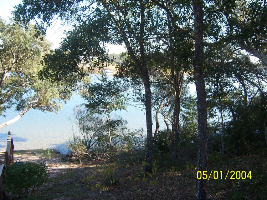 293 S Bayshore Drive, Valparaiso in Okaloosa County, FL 32580 Home for Sale