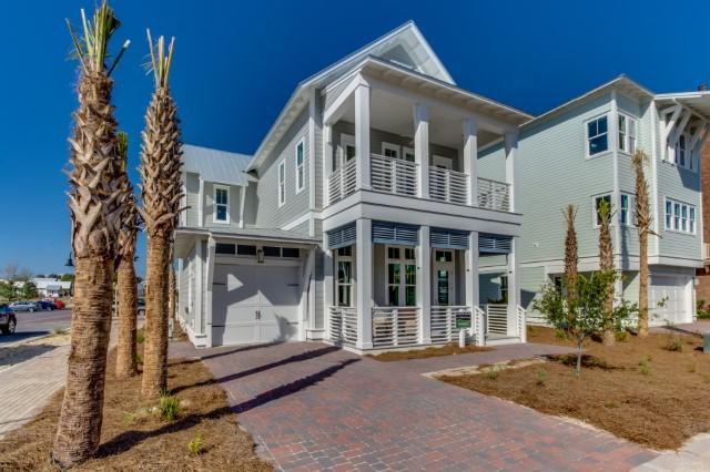 Photo of home for sale at 557 Gulfview Circle, Santa Rosa Beach FL