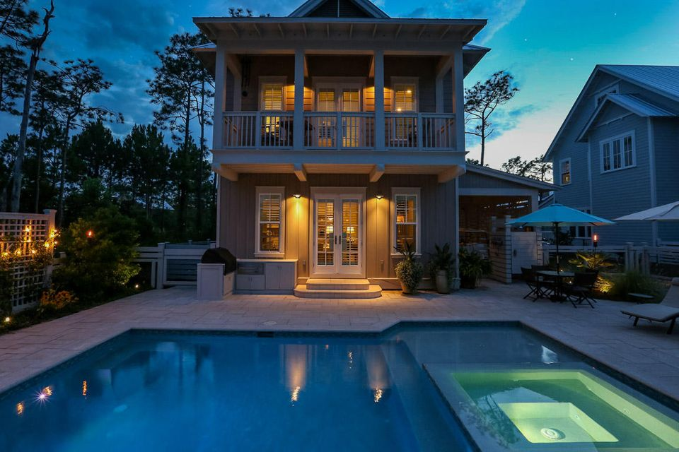 Photo of home for sale at 546 Royal Fern, Santa Rosa Beach FL