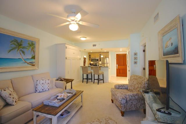 A 1 Bedroom 1 Bedroom Observation Point Condominium