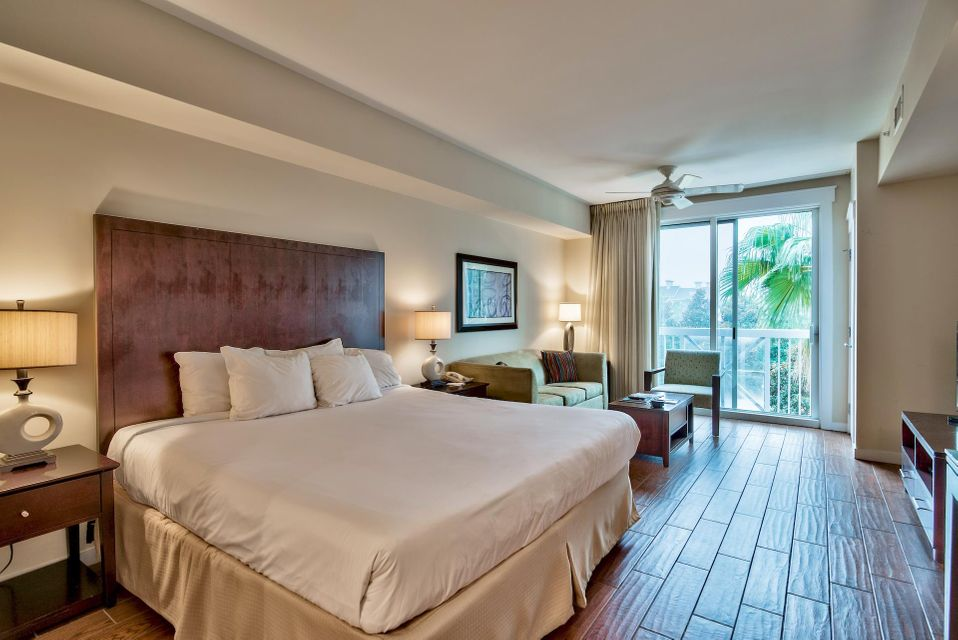 A 0 Bedroom 1 Bedroom Elation Condominium