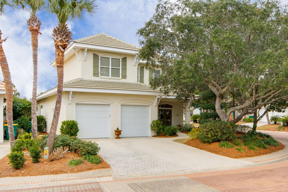 Photo of home for sale at 98 Cayman, Destin FL