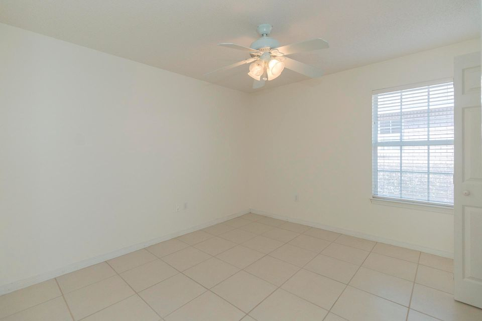 175 Bay Tree Drive - $325000