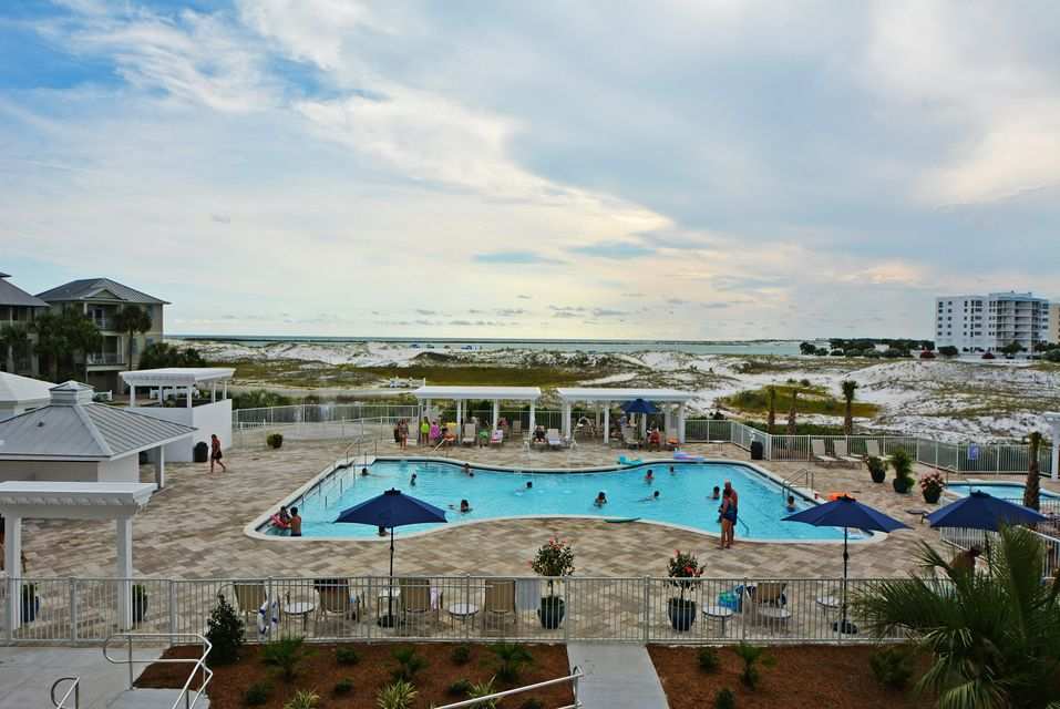 Photo of home for sale at 480 Gulf Shore, Destin FL