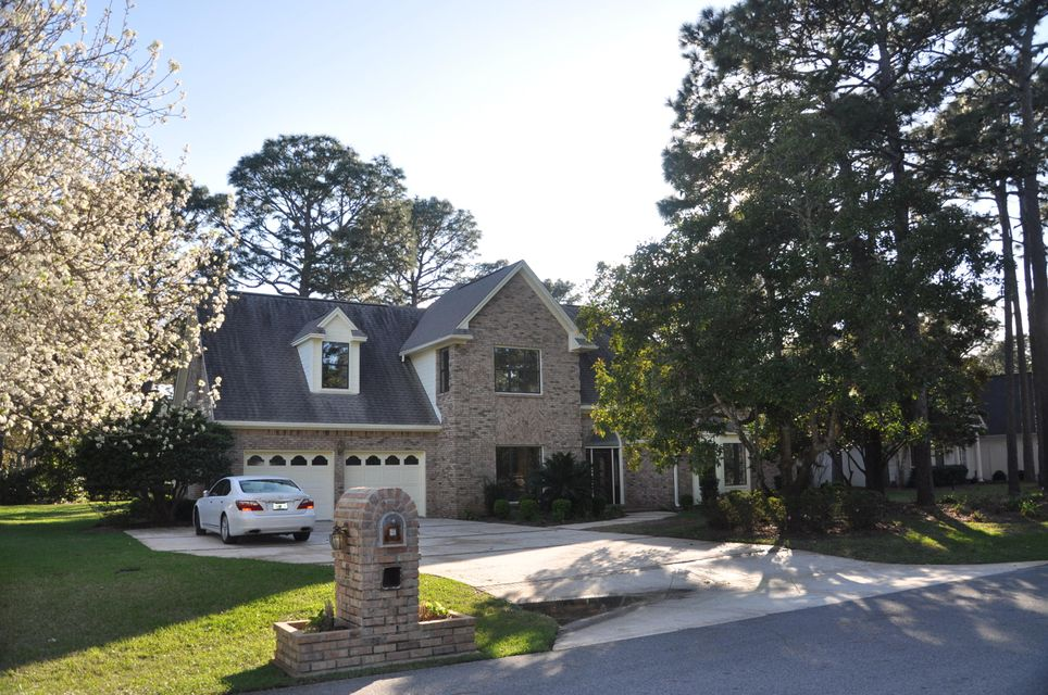 A 4 Bedroom 2 Bedroom Southwind Home