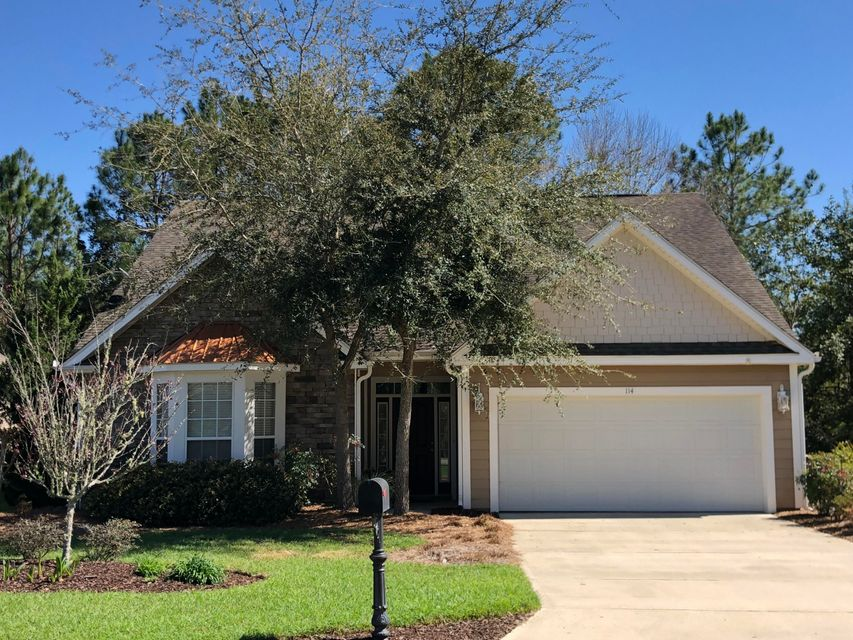Photo of home for sale at 114 Crab Apple, Crestview FL