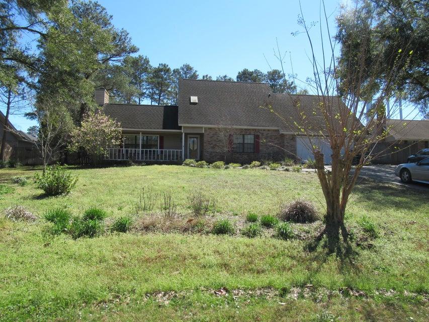 A 4 Bedroom 2 Bedroom Rocky Bayou Country Club Estates 4 Home