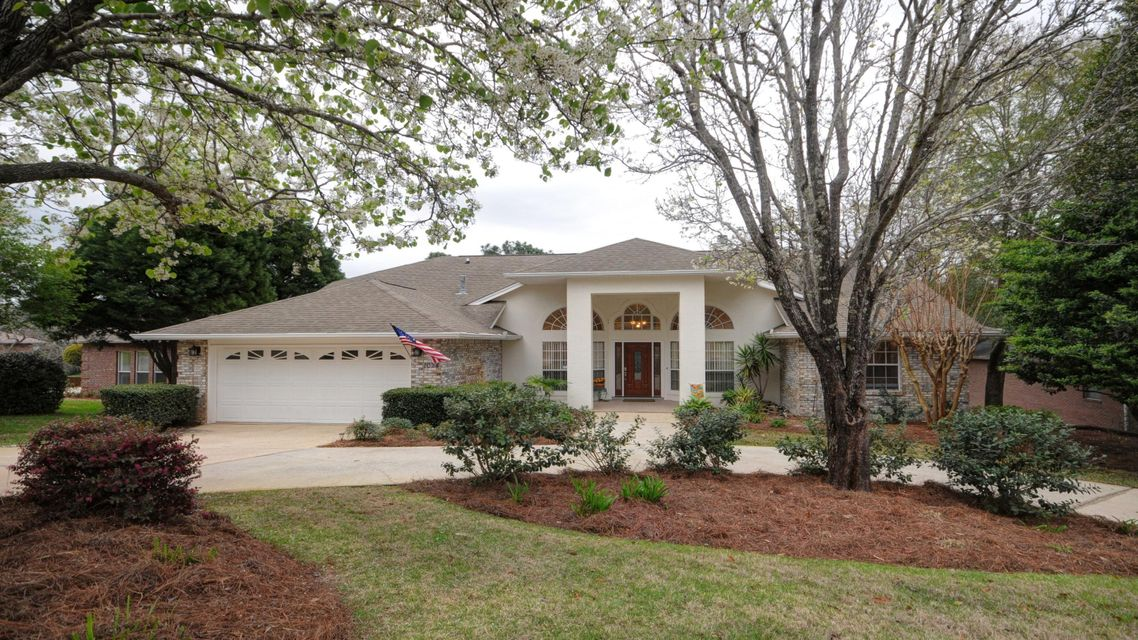 A 4 Bedroom 3 Bedroom Rocky Bayou Country Club Estates Home