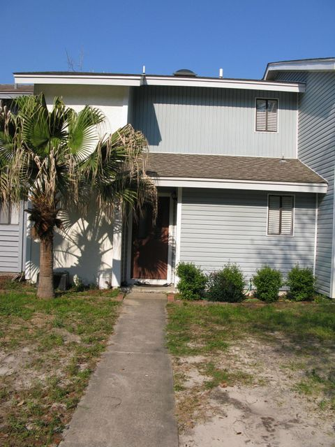 Photo of home for sale at 154 Bayou, Destin FL