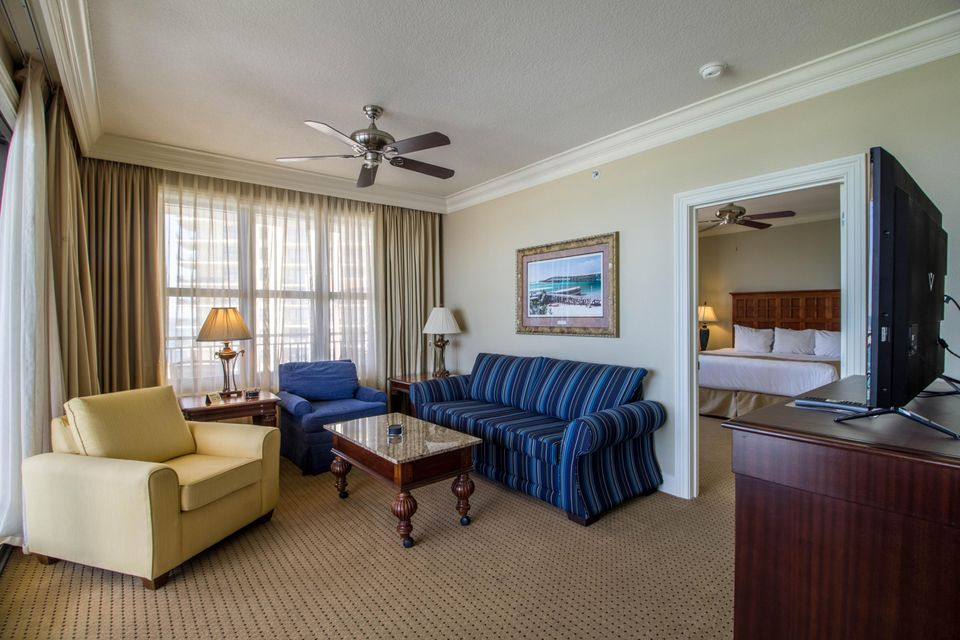 A 3 Bedroom 3 Bedroom Emerald Grande Timeshare