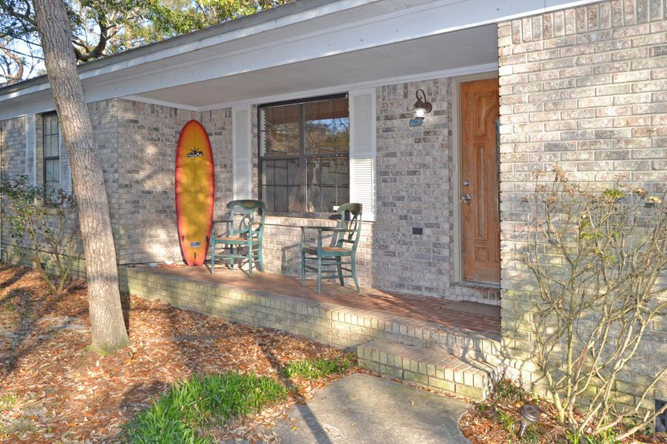 Photo of home for sale at 351 Bayou, Freeport FL