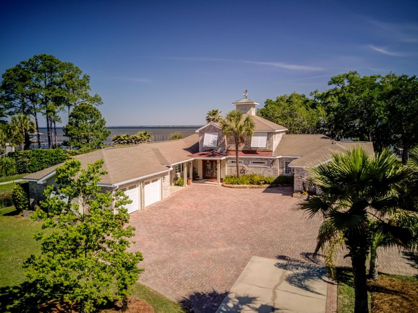 Photo of home for sale at 320 Hideaway Bay, Miramar Beach FL