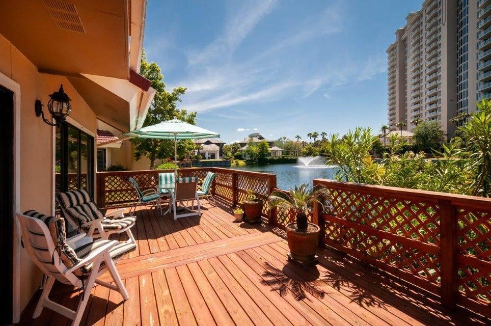 A 3 Bedroom 3 Bedroom Beachwalk Villas Ph 12 Townhome