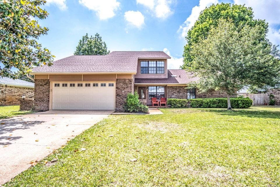 Photo of home for sale at 311 Cypress, Destin FL