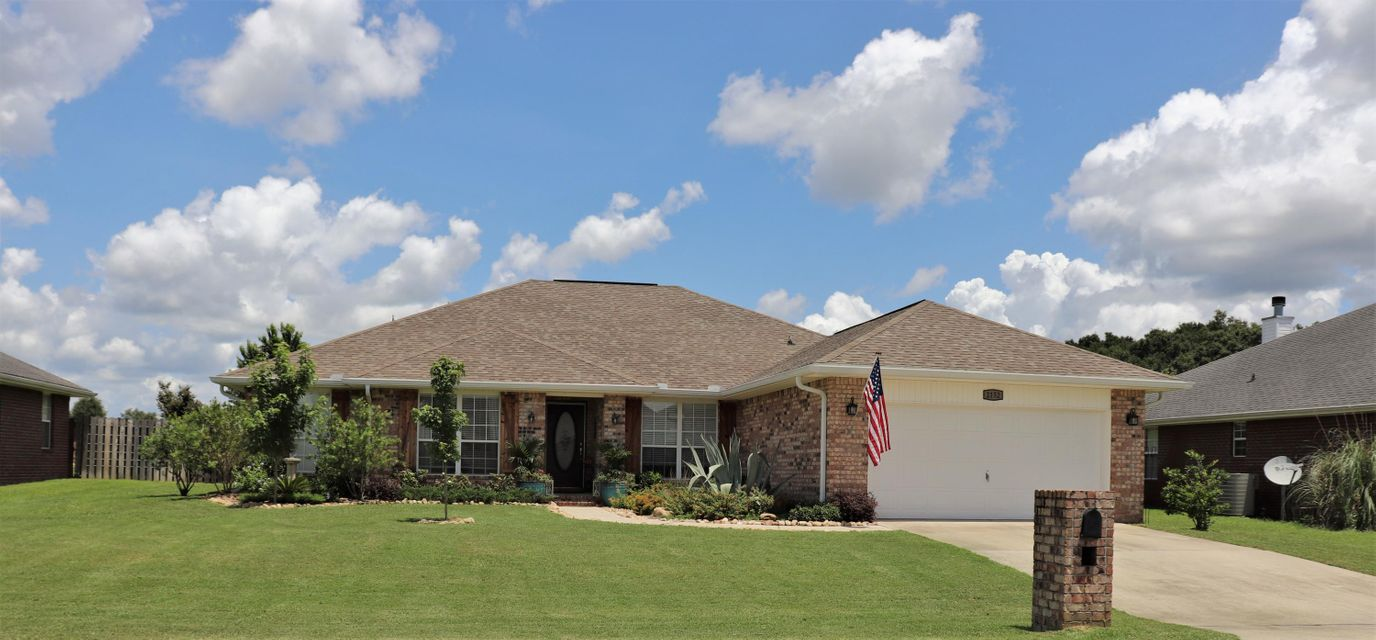 Photo of home for sale at 2152 Hagood, Crestview FL