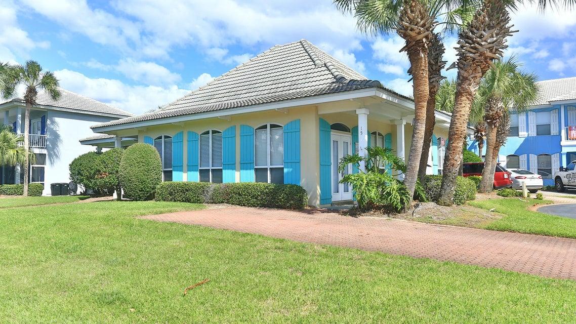 Photo of home for sale at 15 Sapphire, Destin FL
