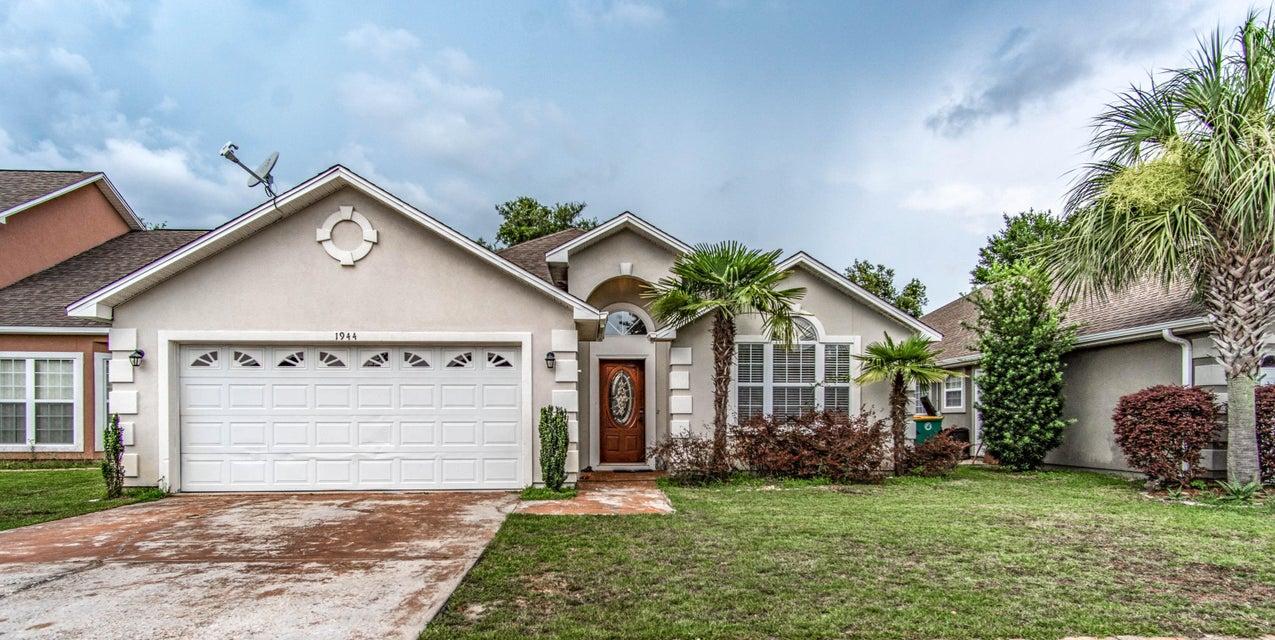 Photo of home for sale at 1944 Kadima, Fort Walton Beach FL