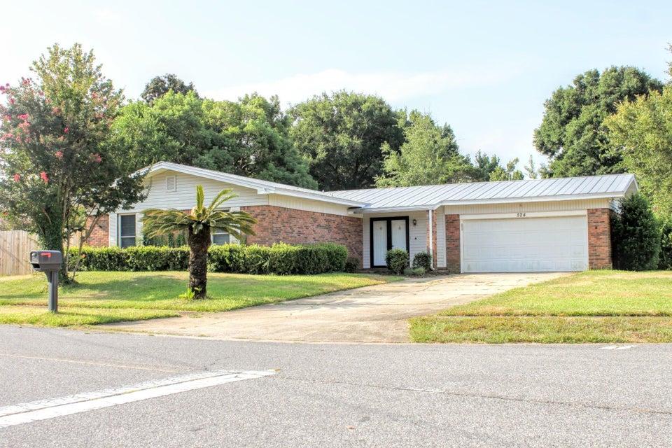 Photo of home for sale at 524 Juanita, Destin FL