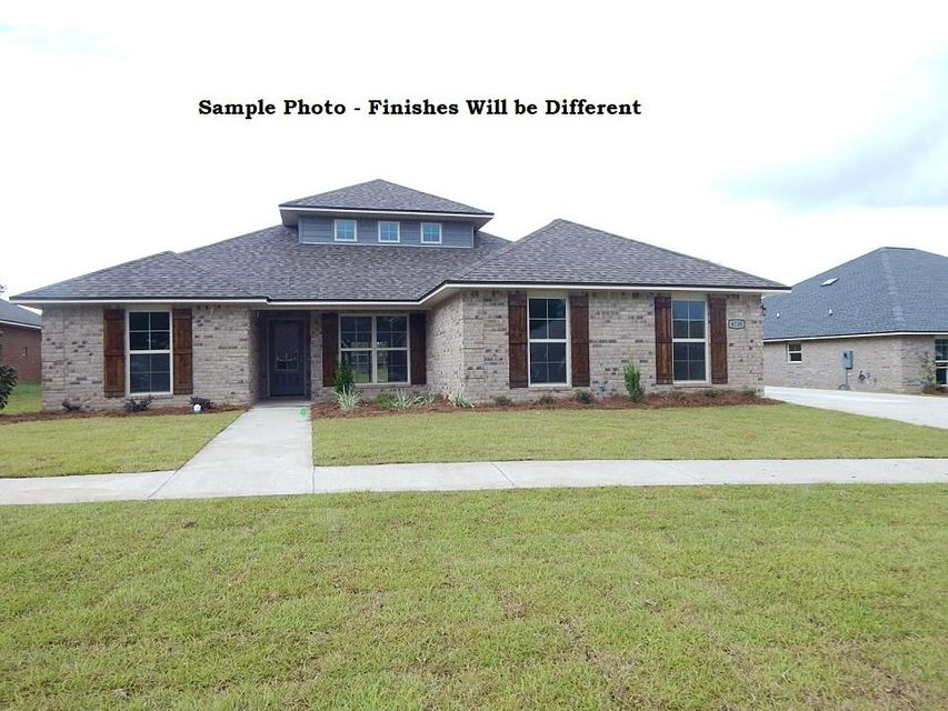 Photo of home for sale at 4729 Chanson, Crestview FL