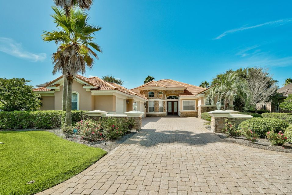 Photo of home for sale at 4308 Stonebridge, Destin FL