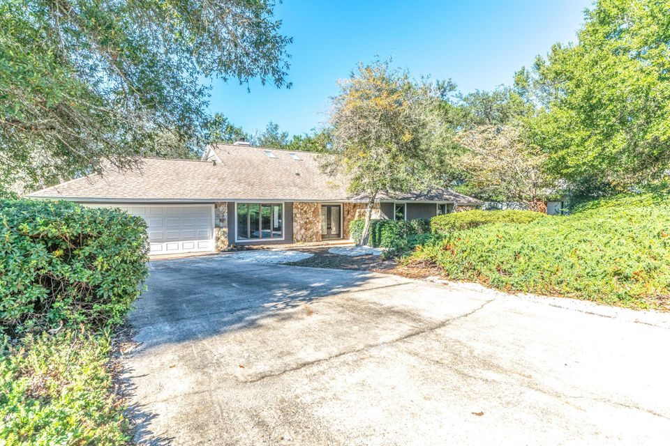 305  Antiqua Way, Niceville, Florida