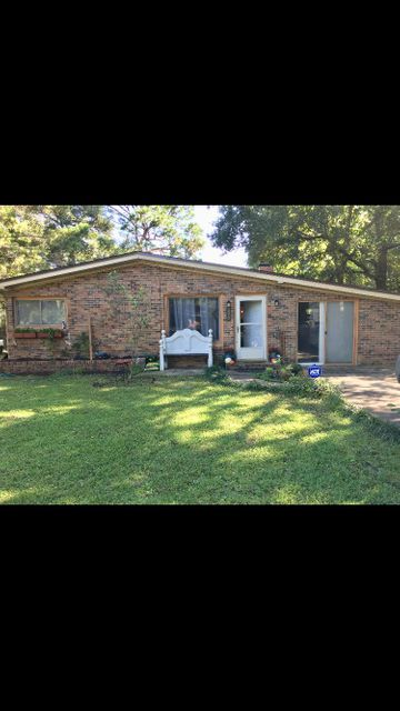 220  Edge Avenue, Valparaiso, Florida 4 Bedroom as one of Homes & Land Real Estate
