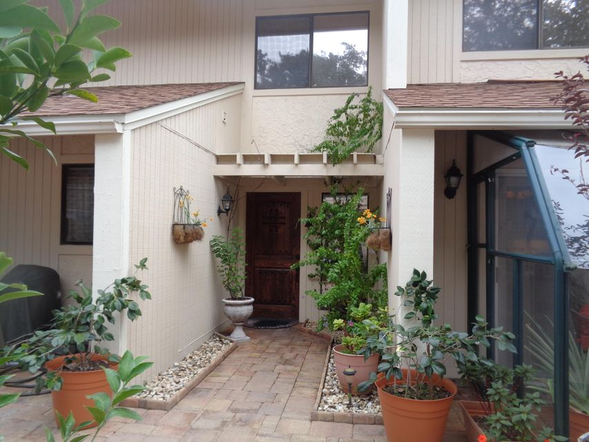 800  Bay Drive 18, one of homes for sale in Niceville